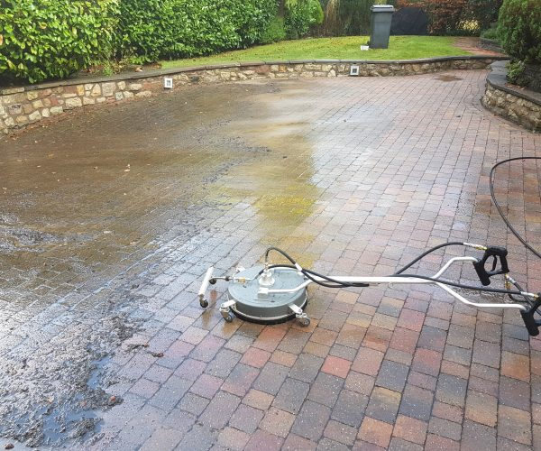 Professional driveway cleaning