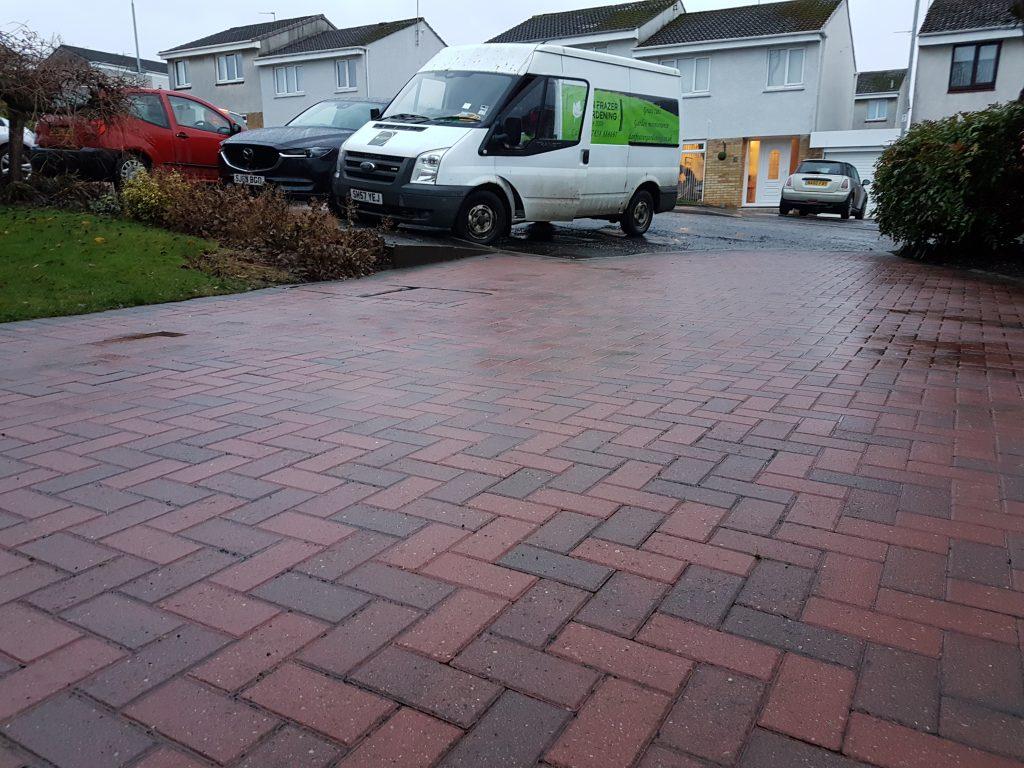 pressure clean, driveway cleaning, lenzie